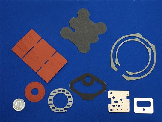 シート、フィルム、粘着・両面テープなどのプレス加工品